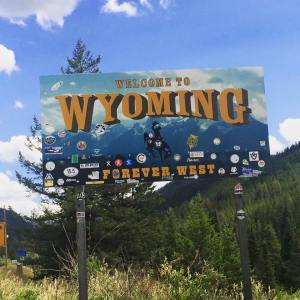 WY sign